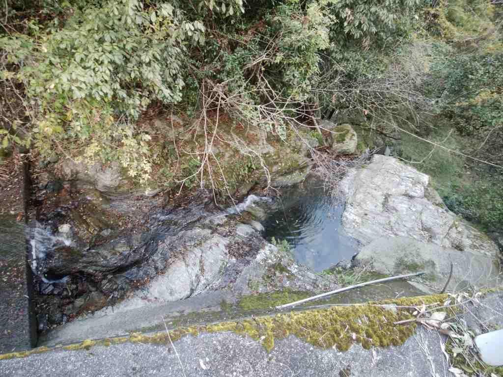 不動の滝11